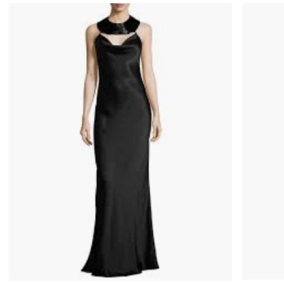 455364fa1917a5 Cushnie Et Ochs charmeuse gown with beaded collar